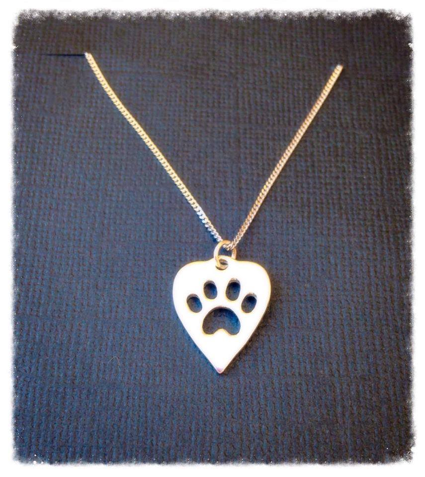 Pan001 Paw heart necklace silver
